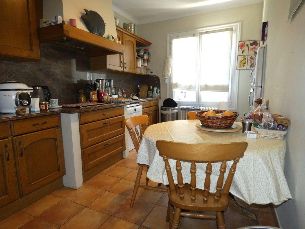 Maison à vendre 5 160m2 à Perpignan vignette-4