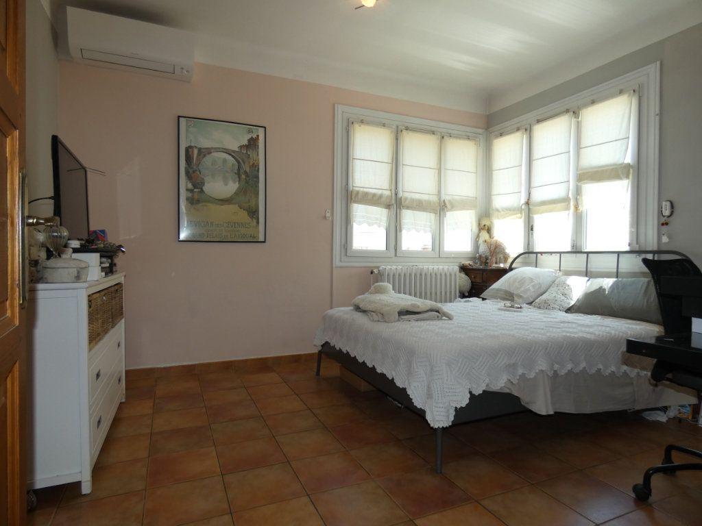 Maison à vendre 5 160m2 à Perpignan vignette-5