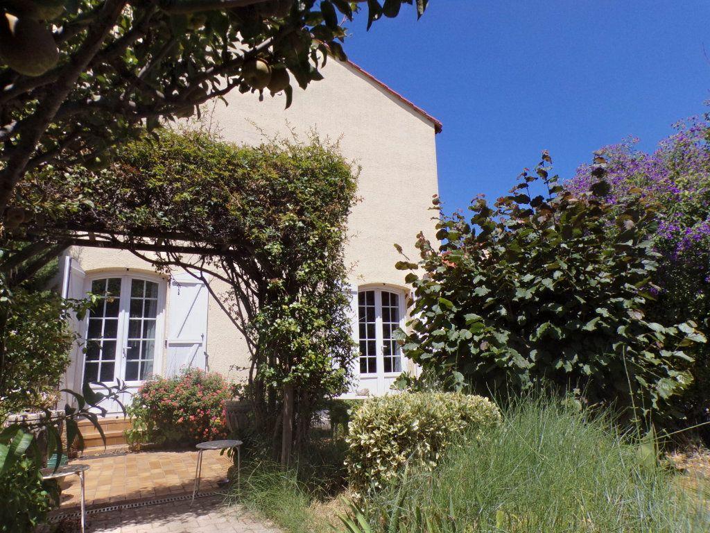 Maison à vendre 5 93m2 à Perpignan vignette-2