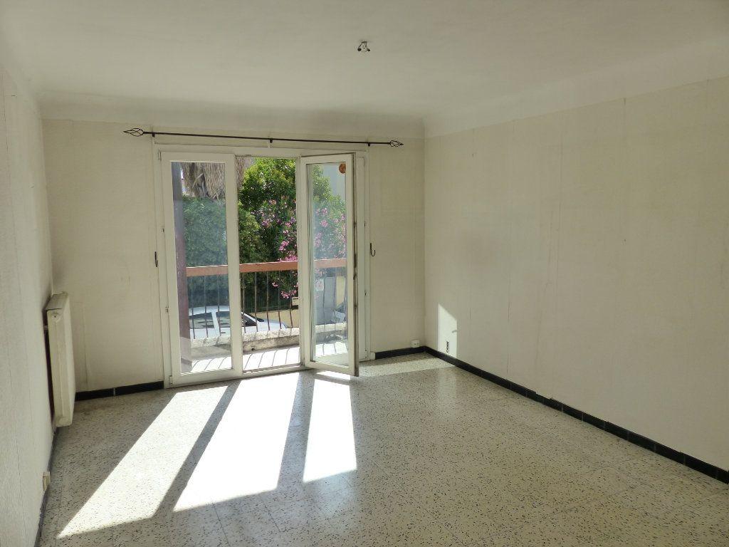 Appartement à vendre 5 126m2 à Perpignan vignette-1