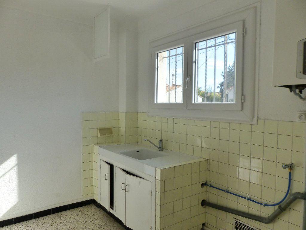 Appartement à vendre 5 126m2 à Perpignan vignette-3