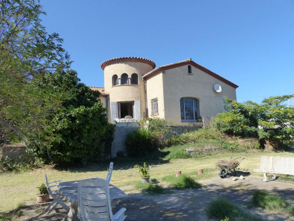 Maison à vendre 6 211m2 à Perpignan vignette-1