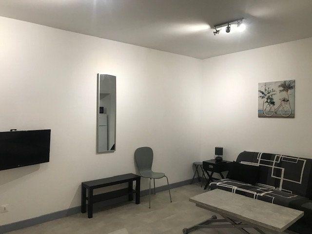 Appartement à louer 1 30m2 à Perpignan vignette-2