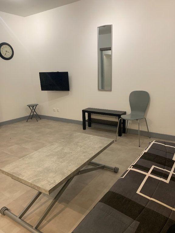 Appartement à louer 1 30m2 à Perpignan vignette-3