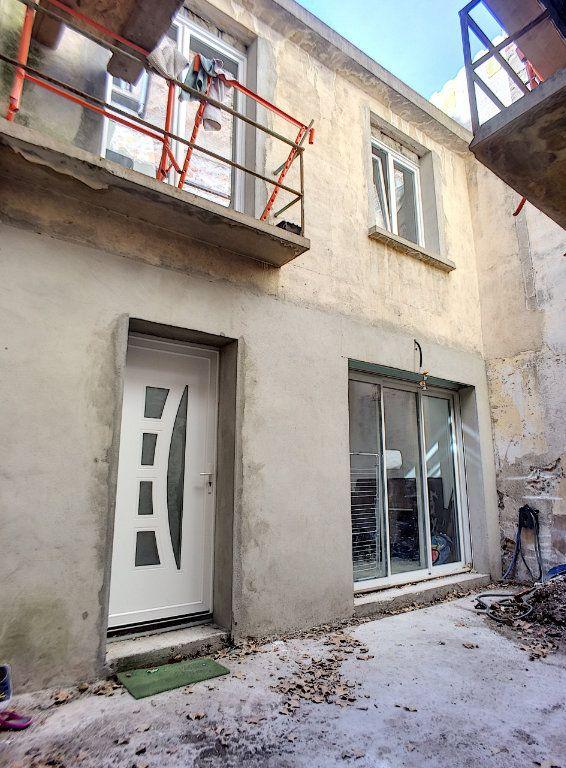 Maison à vendre 5 160m2 à Rivesaltes vignette-3