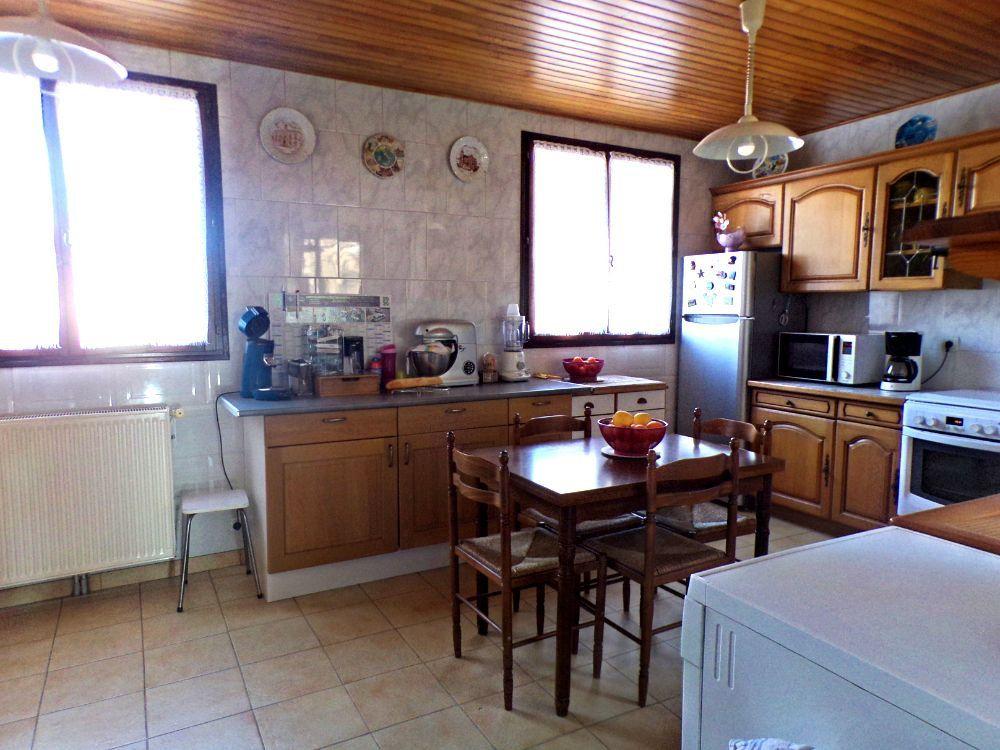 Maison à vendre 4 120m2 à Perpignan vignette-6