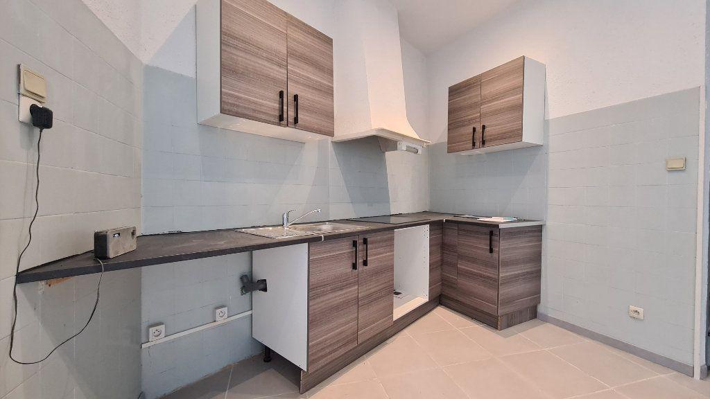 Maison à vendre 3 80m2 à Perpignan vignette-1