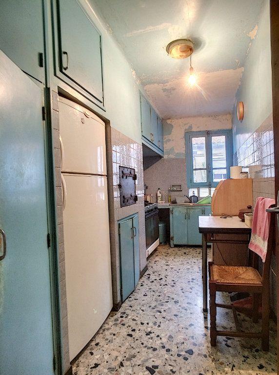 Maison à vendre 4 100m2 à Saint-Paul-de-Fenouillet vignette-6