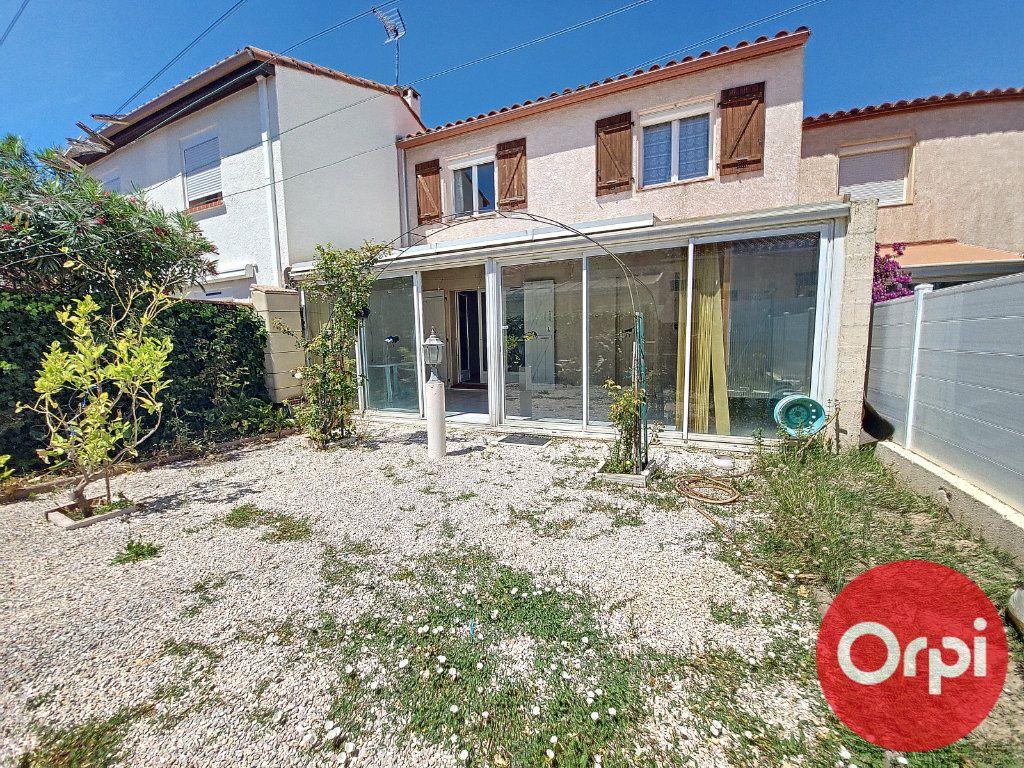 Maison à vendre 4 96.81m2 à Canet-en-Roussillon vignette-1