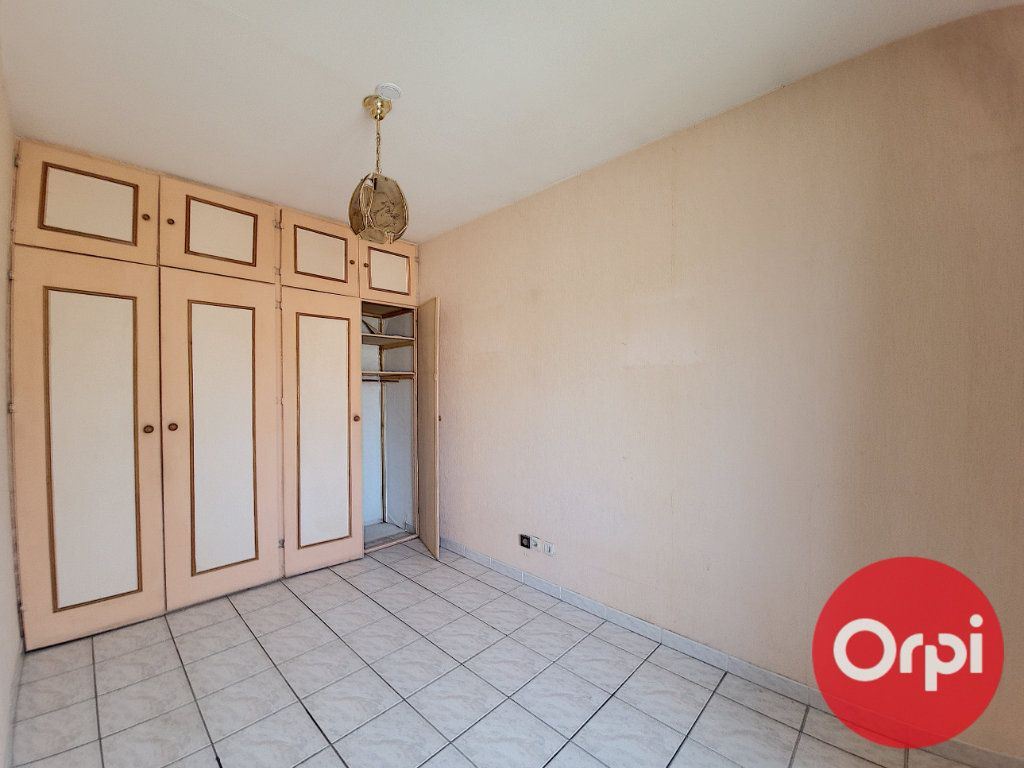 Maison à vendre 4 96.81m2 à Canet-en-Roussillon vignette-10