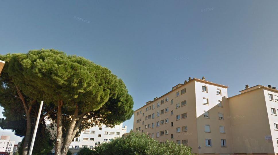 Appartement à vendre 4 68.71m2 à Perpignan vignette-1
