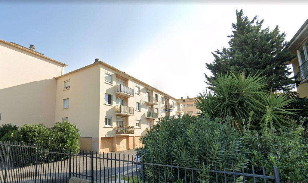 Appartement à vendre 5 83m2 à Perpignan vignette-1