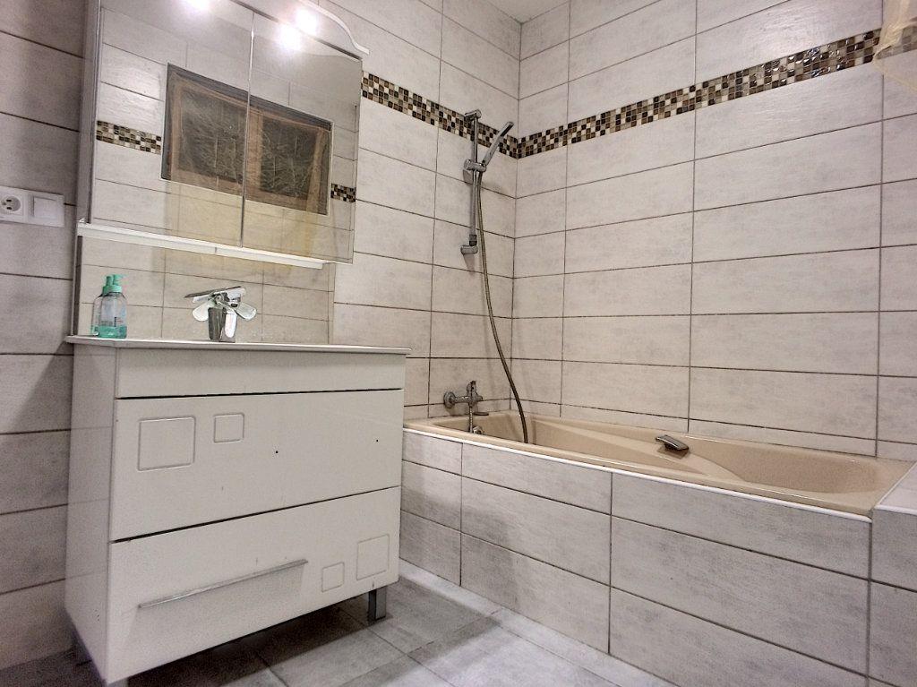 Appartement à vendre 4 84.4m2 à Perpignan vignette-4