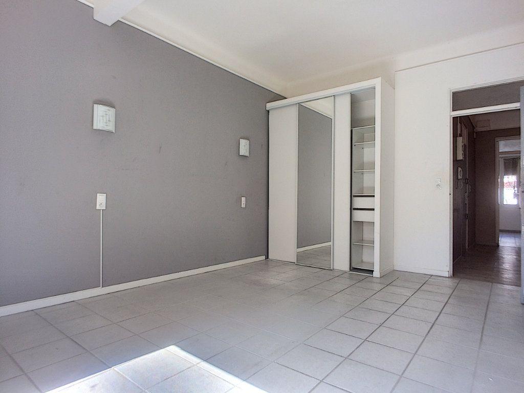 Appartement à vendre 4 84.4m2 à Perpignan vignette-8