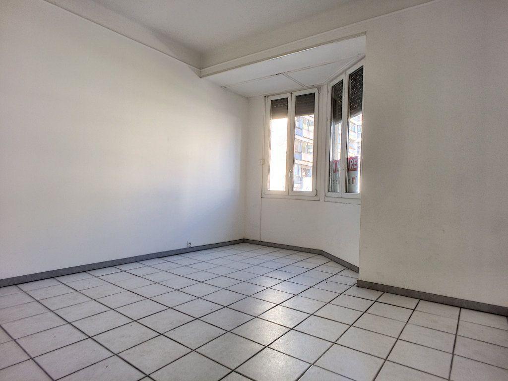 Appartement à vendre 4 84.4m2 à Perpignan vignette-11
