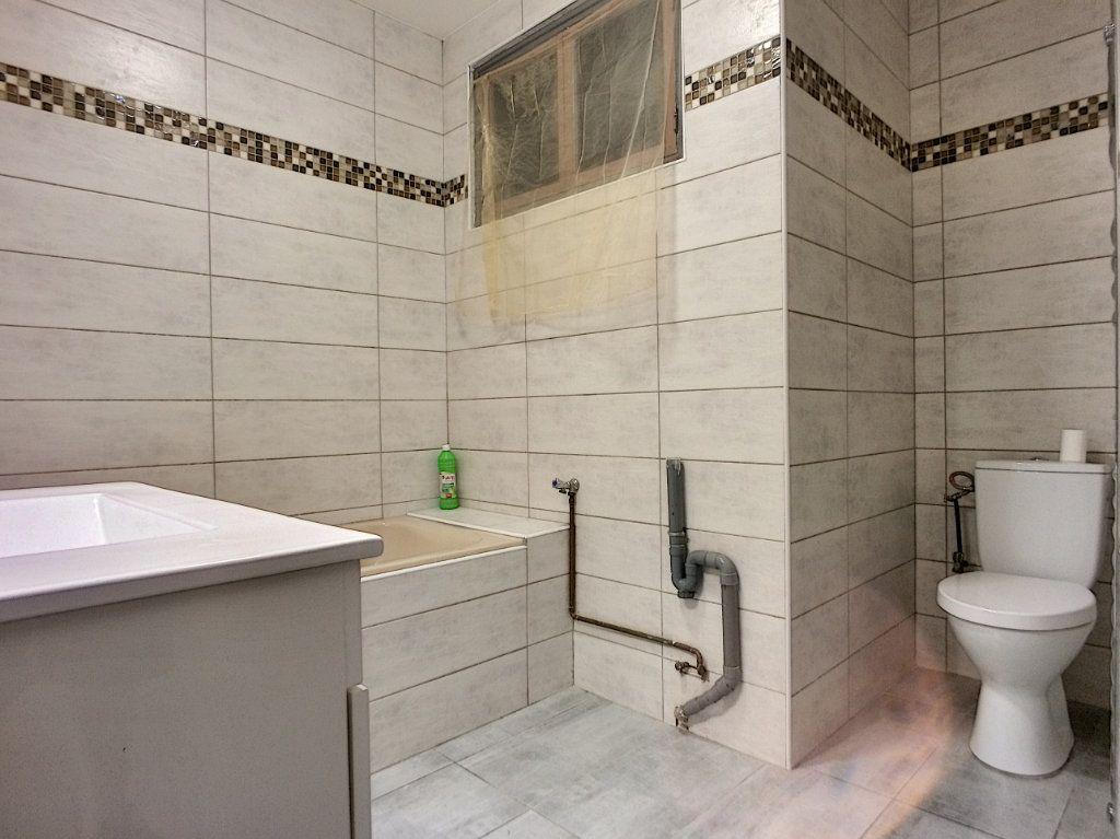 Appartement à vendre 4 84.4m2 à Perpignan vignette-12