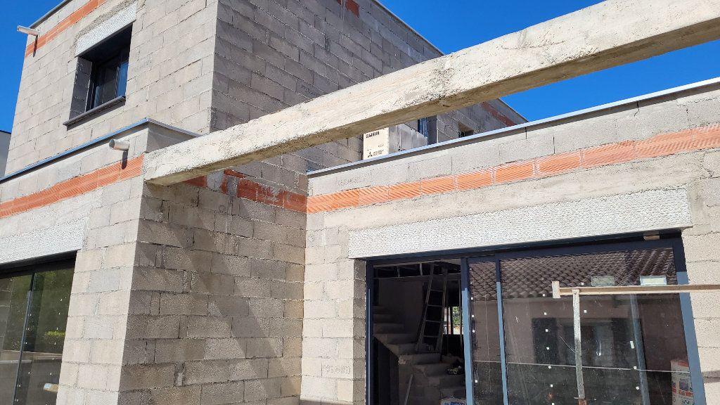 Maison à vendre 4 110m2 à Argelès-sur-Mer vignette-4