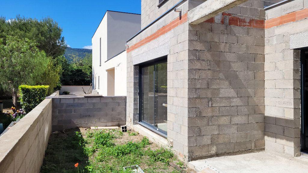 Maison à vendre 4 110m2 à Argelès-sur-Mer vignette-5
