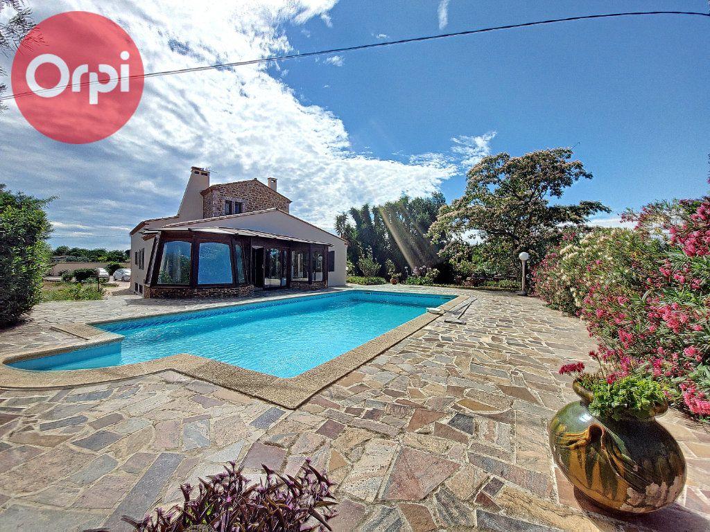 Maison à vendre 7 230m2 à Perpignan vignette-1