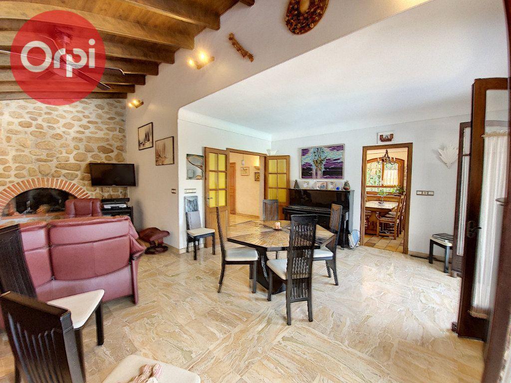 Maison à vendre 7 230m2 à Perpignan vignette-4