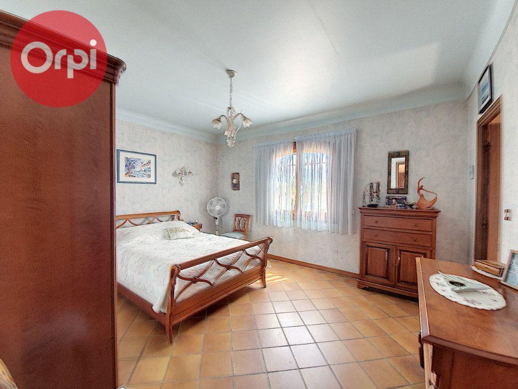 Maison à vendre 7 230m2 à Perpignan vignette-7