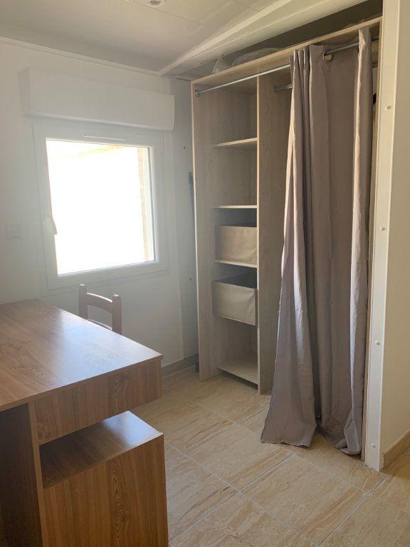 Appartement à louer 1 25m2 à Canet-en-Roussillon vignette-5