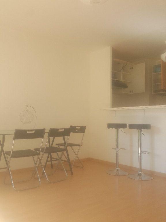 Appartement à louer 2 40m2 à Torcy vignette-5