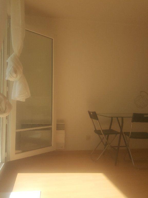 Appartement à louer 2 40m2 à Torcy vignette-6