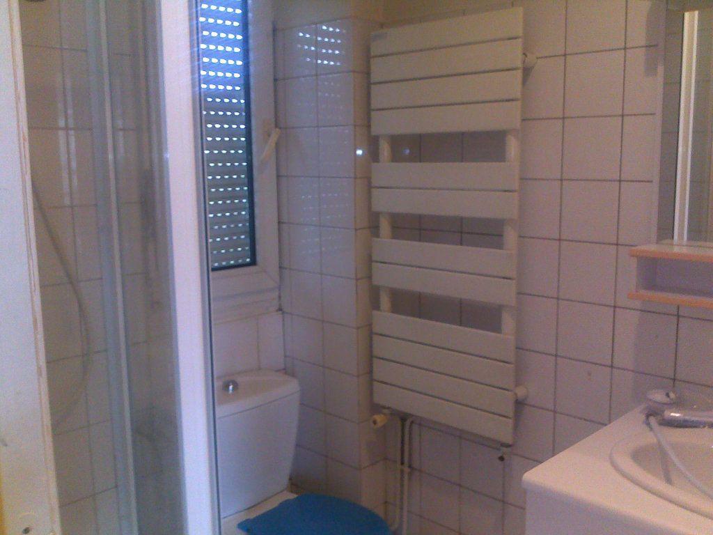 Appartement à louer 1 31m2 à Lagny-sur-Marne vignette-8