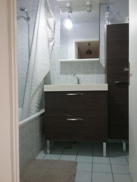 Appartement à louer 3 62m2 à Torcy vignette-12