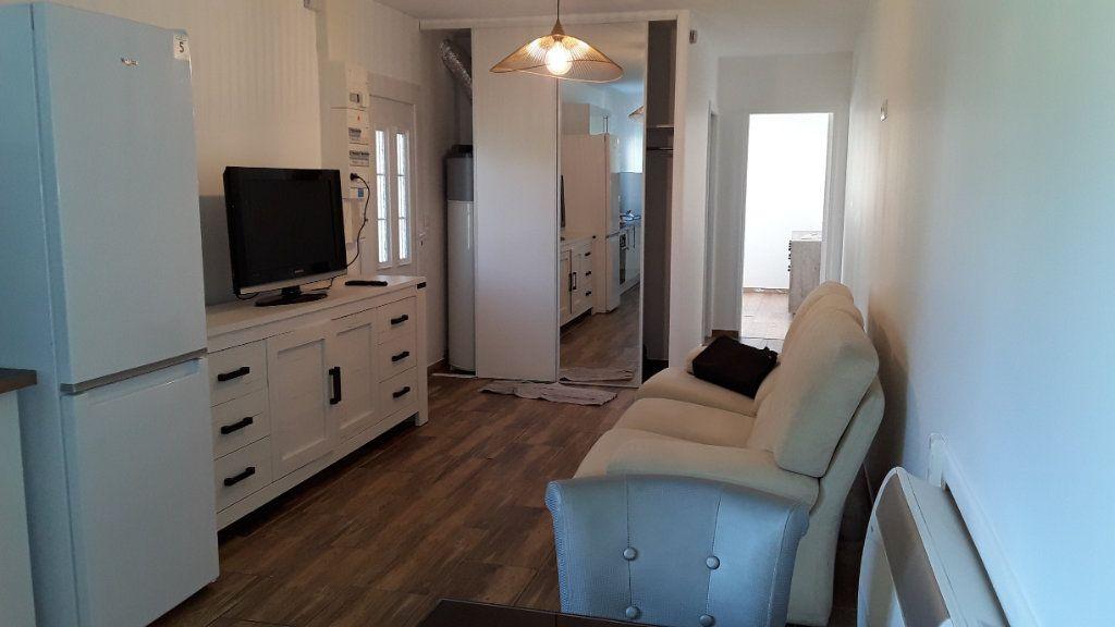 Appartement à louer 3 58m2 à Croissy-Beaubourg vignette-3