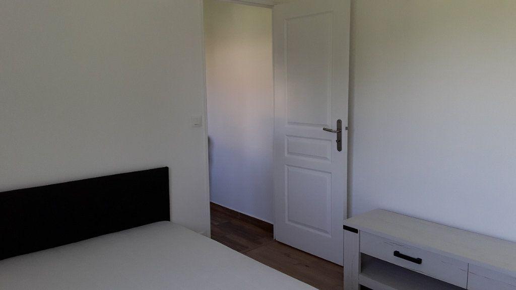 Appartement à louer 3 58m2 à Croissy-Beaubourg vignette-6