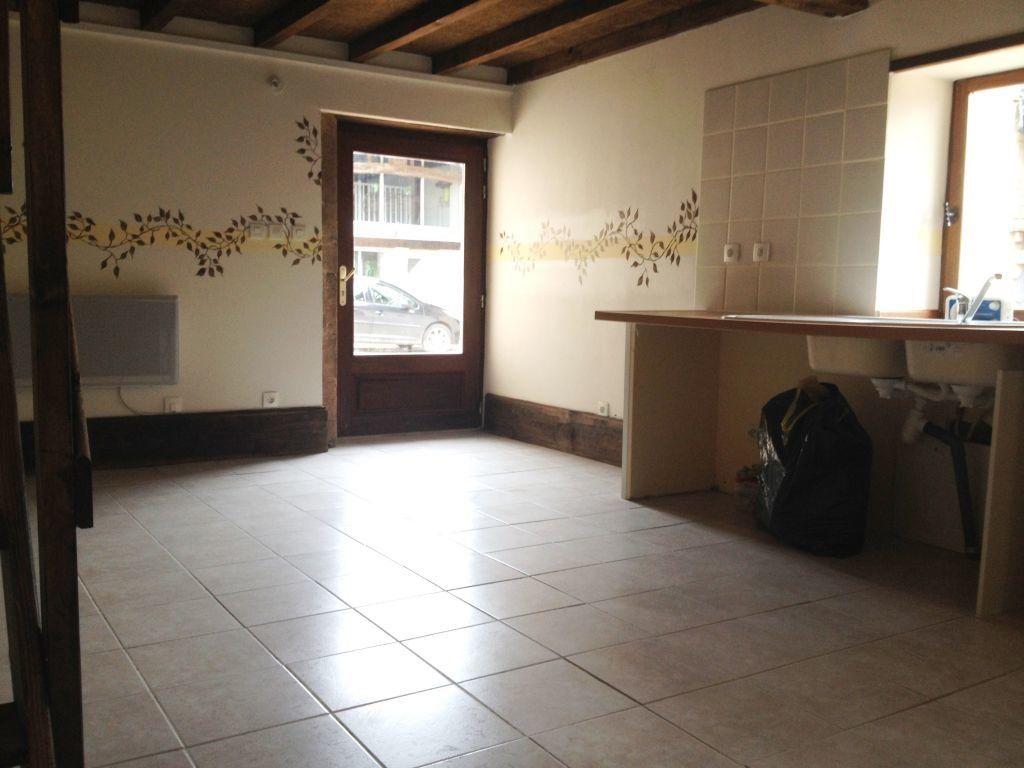 Maison à louer 1 28.97m2 à Pont-de-Vaux vignette-3