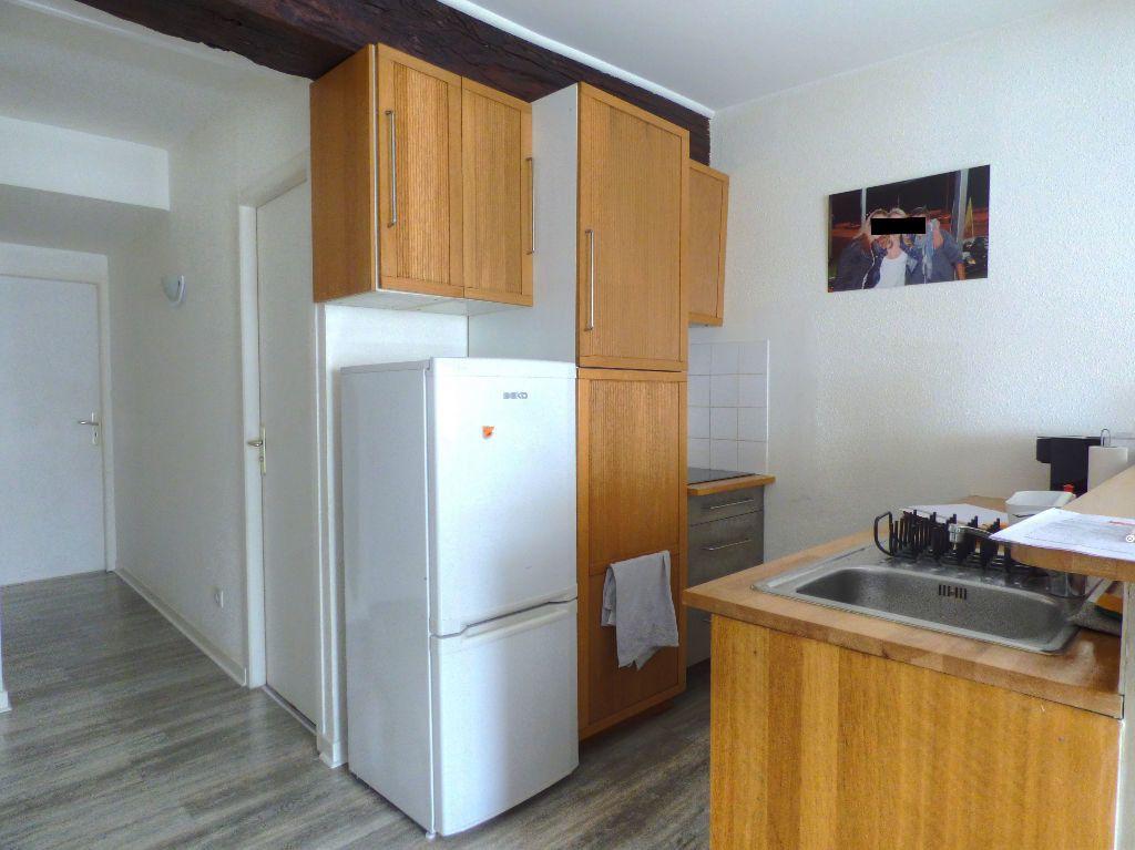 Appartement à louer 2 44m2 à Mâcon vignette-2