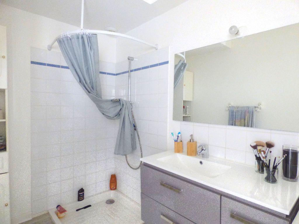 Appartement à louer 2 44m2 à Mâcon vignette-5