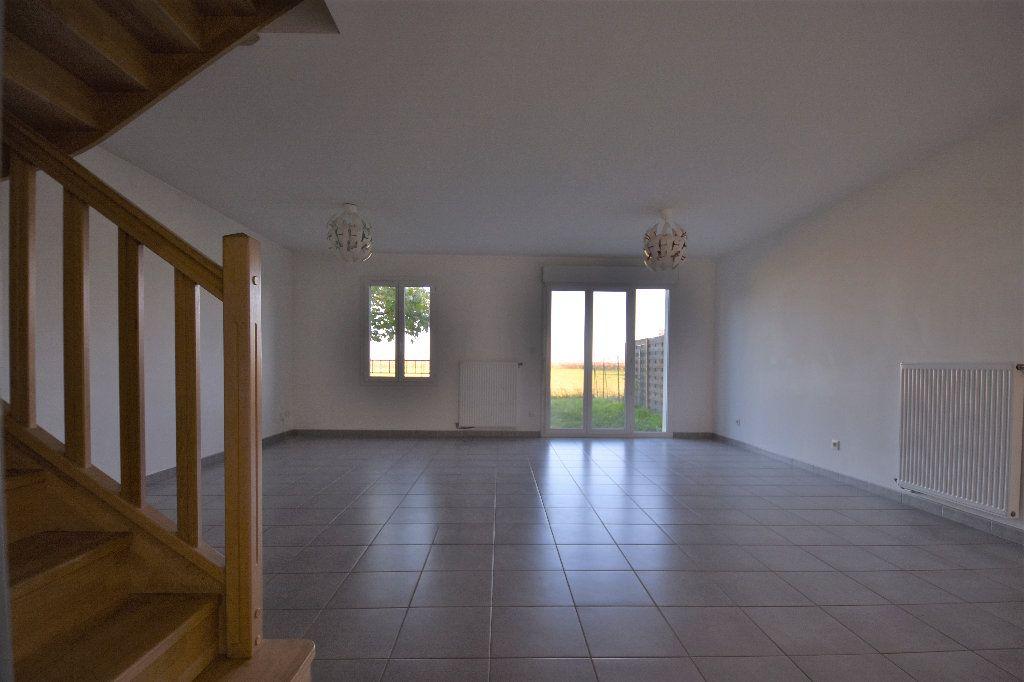 Maison à louer 4 99.37m2 à Mâcon vignette-4