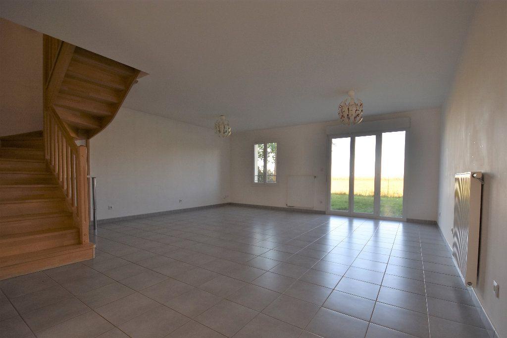 Maison à louer 4 99.37m2 à Mâcon vignette-5