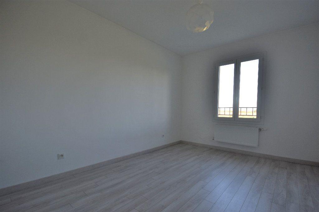 Maison à louer 4 99.37m2 à Mâcon vignette-7