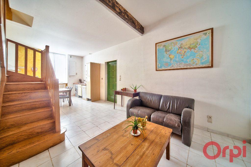 Appartement à vendre 3 71m2 à Mâcon vignette-1