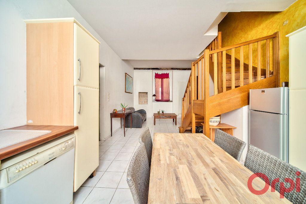 Appartement à vendre 3 71m2 à Mâcon vignette-2
