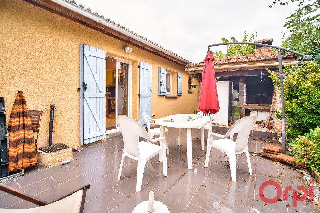 Maison à vendre 7 129m2 à Bâgé-la-Ville vignette-1
