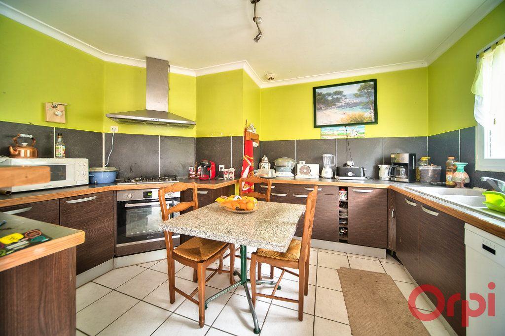 Maison à vendre 7 129m2 à Bâgé-la-Ville vignette-2