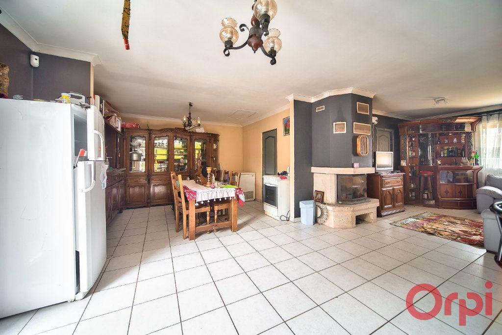 Maison à vendre 7 129m2 à Bâgé-la-Ville vignette-5