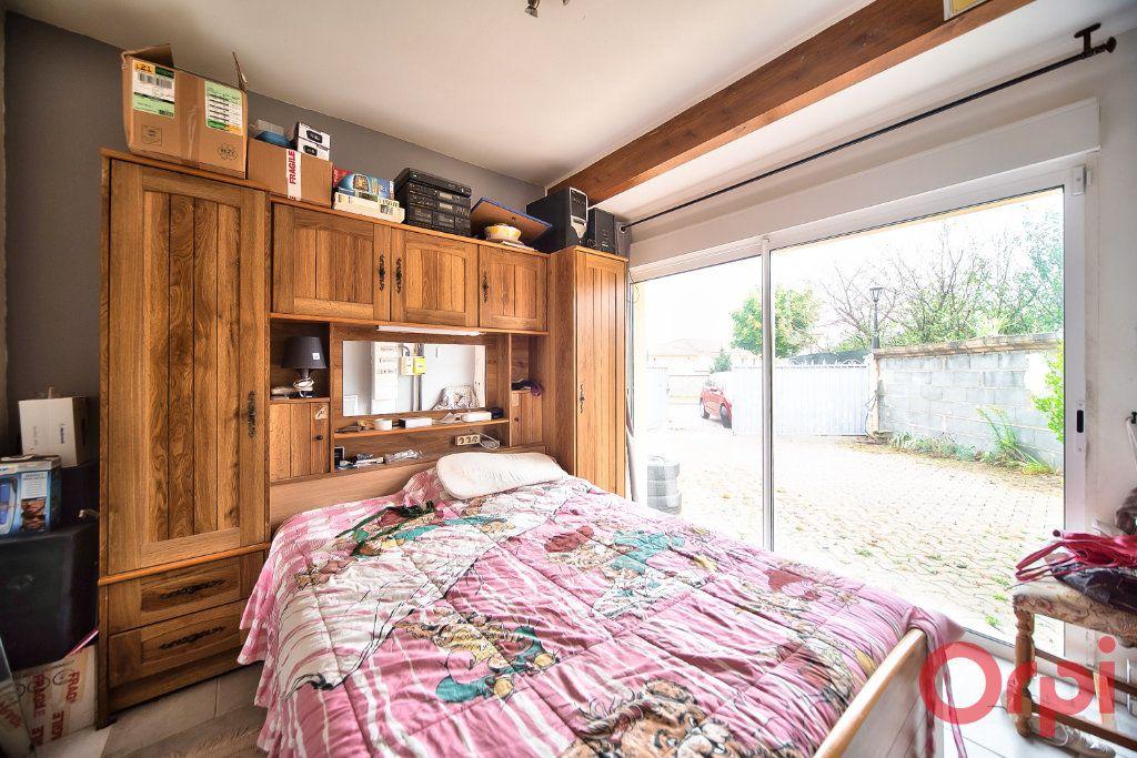 Maison à vendre 7 129m2 à Bâgé-la-Ville vignette-6