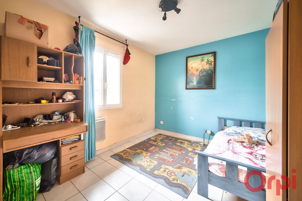 Maison à vendre 7 129m2 à Bâgé-la-Ville vignette-9