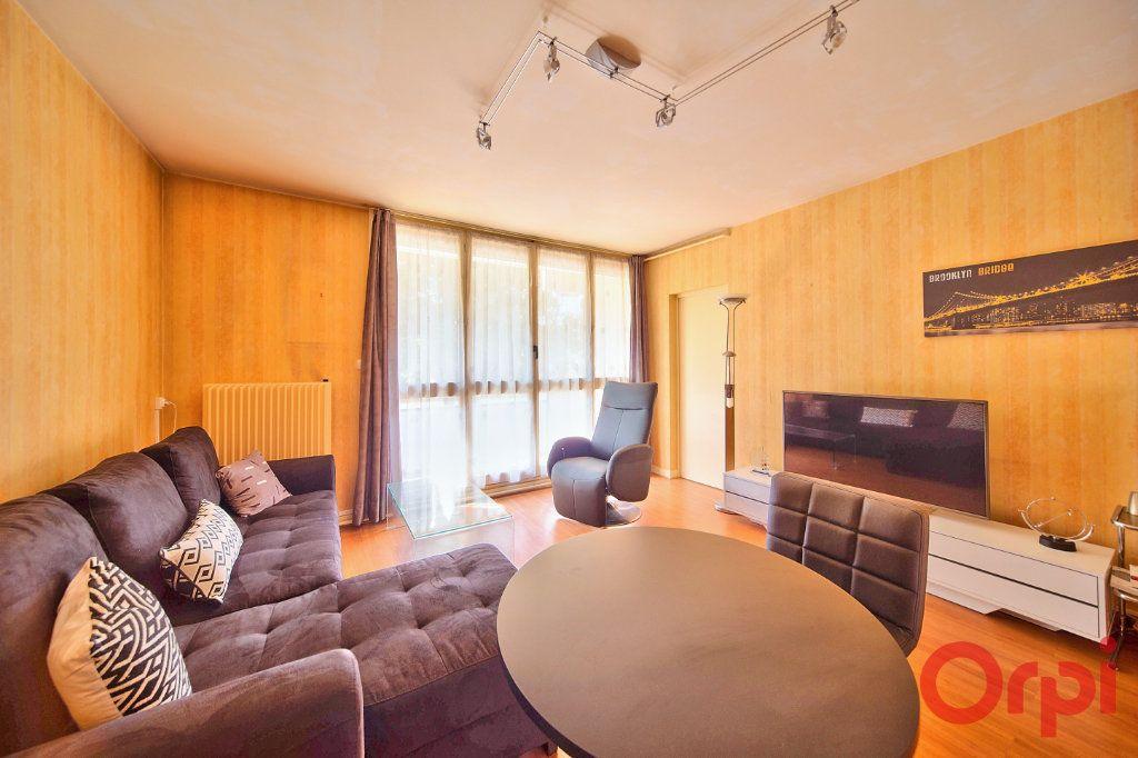 Appartement à vendre 3 62.66m2 à Mâcon vignette-6