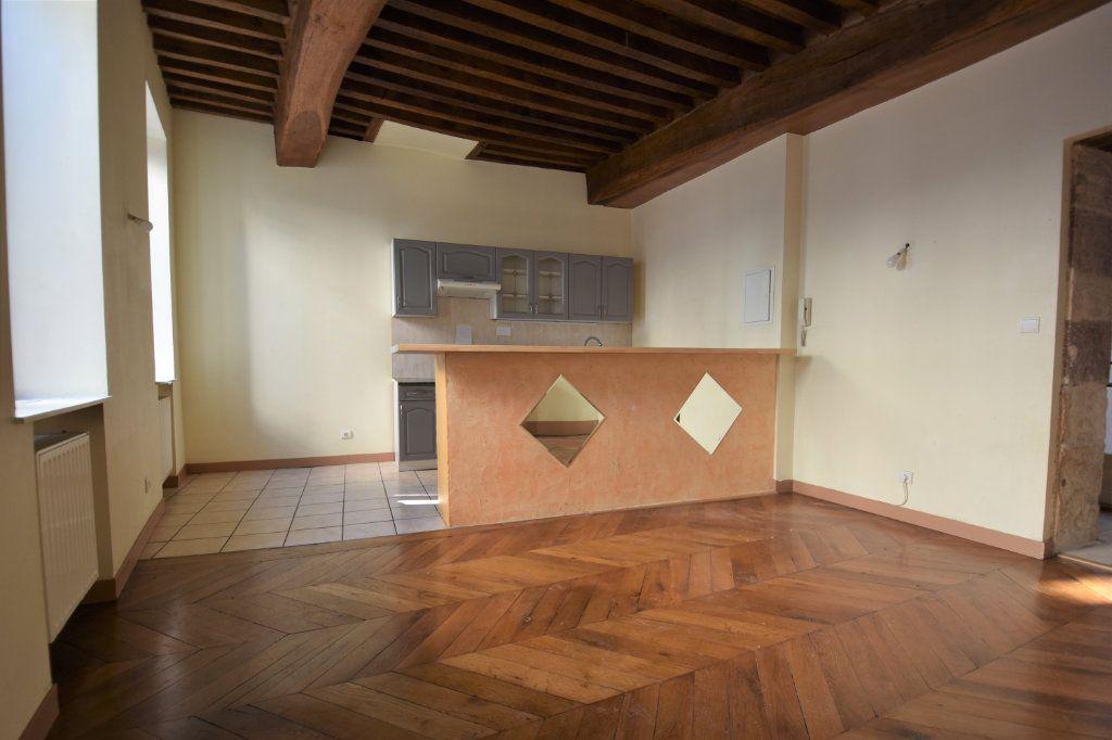 Appartement à louer 3 63.5m2 à Mâcon vignette-5