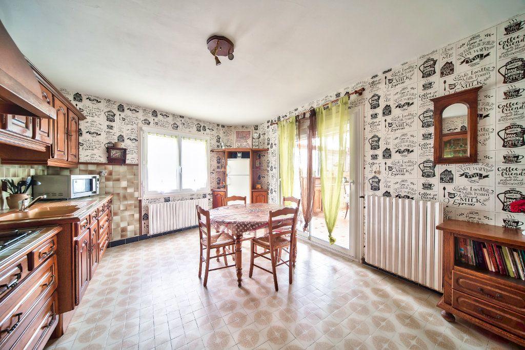 Maison à vendre 6 149.33m2 à La Salle vignette-5