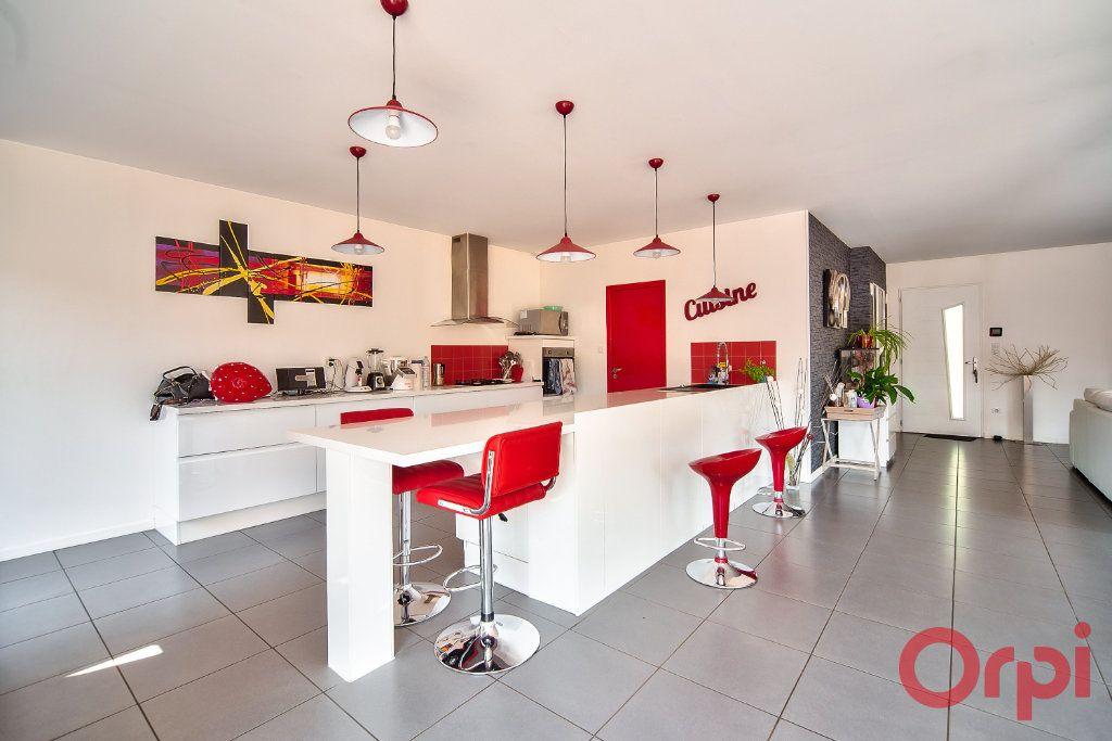 Maison à vendre 8 405m2 à La Roche-Vineuse vignette-3