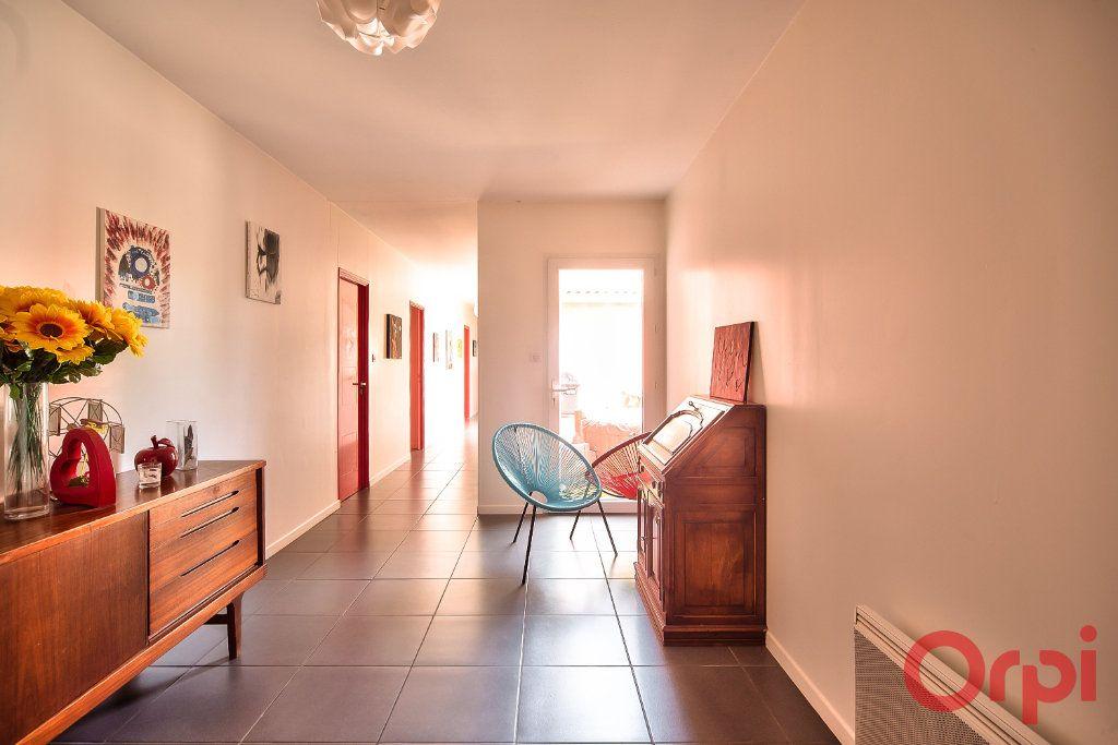 Maison à vendre 8 405m2 à La Roche-Vineuse vignette-4